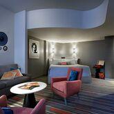 Universal's Hard Rock Resort Hotel Picture 5