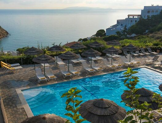 Holidays at Blue Bay Resort in Agia Pelagia, Crete