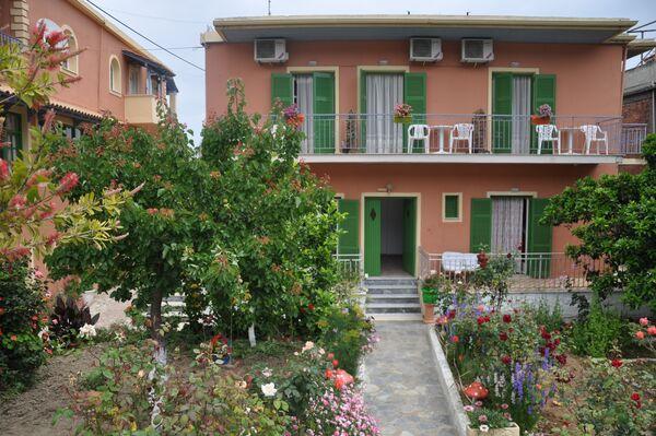 Holidays at Barbayiannis Studios in Moraitika, Corfu