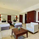 Ramada Plaza Jumeirah Beach Residence Picture 8