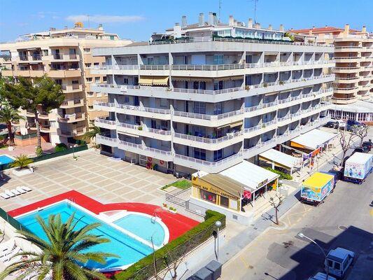 Holidays at Zahara Apartments in Salou, Costa Dorada