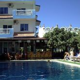 Atlantis Apartments Picture 4
