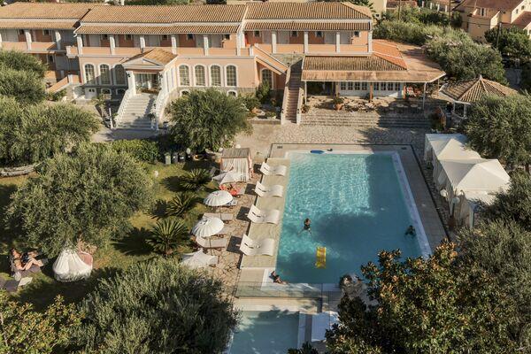 Holidays at Nefeli Hotel in Kommeno, Corfu