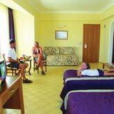 Titan Garden Hotel Picture 4