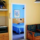 Daphne Apartments Picture 5