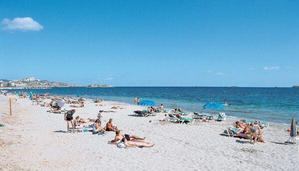 Holidays at OK Beach Hotel in Playa d'en Bossa, Ibiza