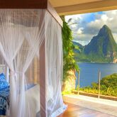 Jade Mountain Picture 5