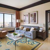Ritz Carlton Hotel Abu Dhabi Grand Canal Picture 3