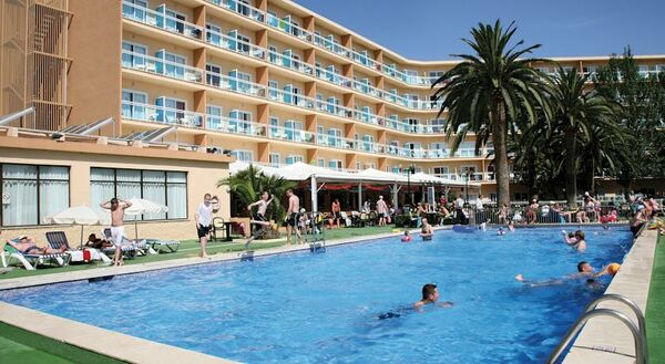 Holidays at BelleVue Lagomonte Hotel in Alcudia, Majorca