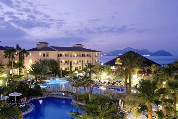Holidays at Playa Garden Aparthotel in Playa de Muro, Majorca