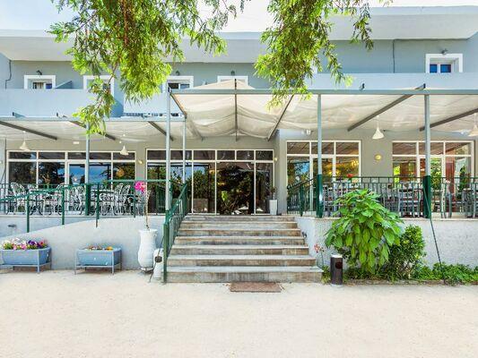 Holidays at Silver Bay Hotel in Kontokali, Corfu