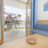 Flora Apartments Picture 5
