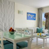 Cocoteros Apartaments Picture 5