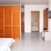 Caravel Aparthotel Picture 9