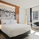 Tryp Apolo Hotel Picture 5