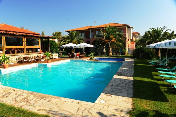 Holidays at Hanioti Village Hotel in Hanioti, Halkidiki