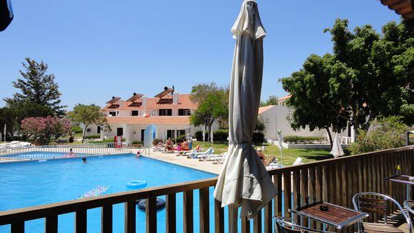Holidays at Vale De Carros Apartments in Olhos de Agua, Albufeira