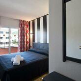 Salles Beach Apartments Picture 2