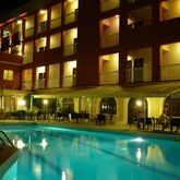 Oasis Hotel Picture 2