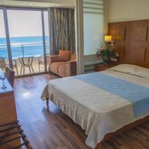 Lutania Beach Hotel Picture 3