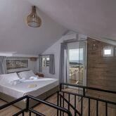 Irida Hotel Apartments Picture 12