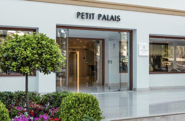 Holidays at Mitsis Petit Palais Beach Hotel in Rhodes Town, Rhodes