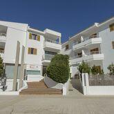 Flora Apartments Picture 3