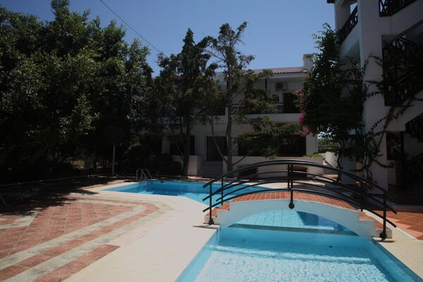 Holidays at Rena Apartments in Gouves, Crete