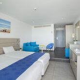 Limanaki Beach Hotel Picture 4
