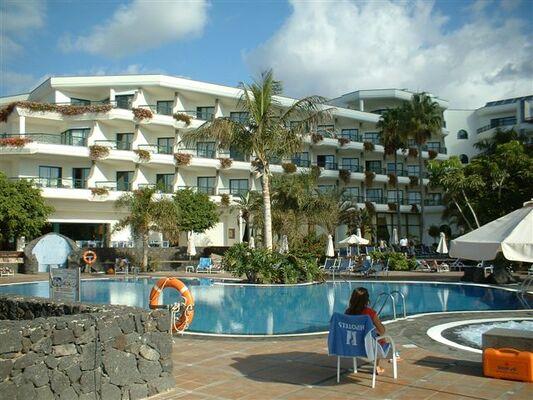 Holidays at Hipotels Natura Palace Hotel in Playa Blanca, Lanzarote