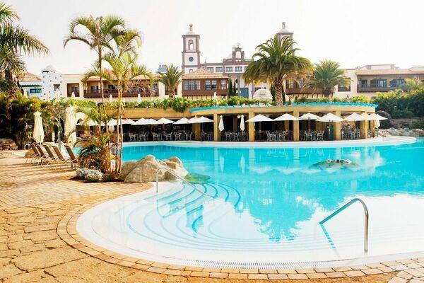 Holidays at Lopesan Villa Del Conde Resort & Thalasso Hotel in Las Meloneras, Gran Canaria