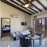 Latchi Family Resort Picture 7