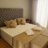Risus Beach Resort Picture 5