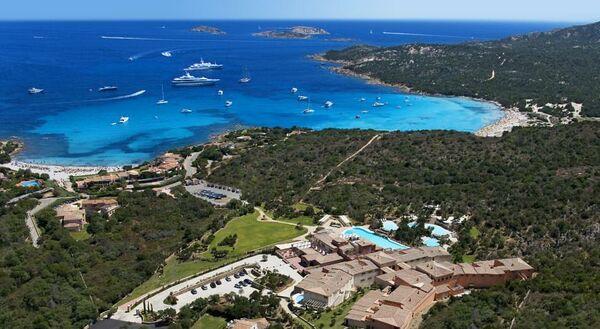 Holidays at Colonna Pevero Hotel in Porto Cervo, Sardinia
