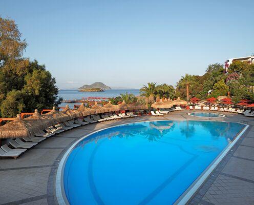 Holidays at Kadikale Resort Hotel in Kadikalesi, Turgutreis