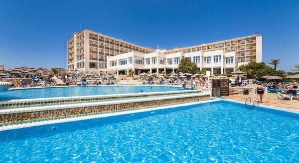 Holidays at Globales Club Almirante Farragut Hotel in Cala'n Forcat, Menorca