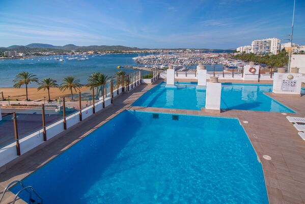 Holidays at Central Park Apartments - Adults Only in San Antonio, Ibiza