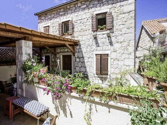 Holidays at Zekan Apartments in Split, Croatia