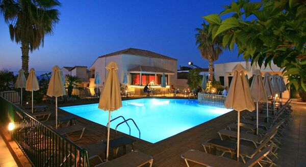 Holidays at Katrin Suites in Stalis, Crete