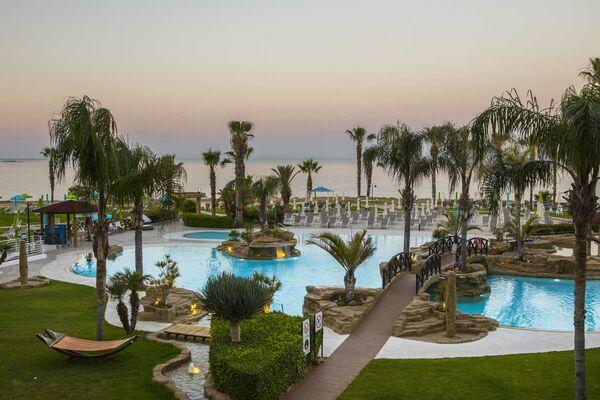 Holidays at Leonardo Cypria Bay in Paphos, Cyprus