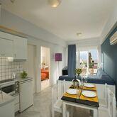 Alantha Apartments Picture 4