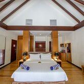 Furaveri Island Resort & Spa Picture 4