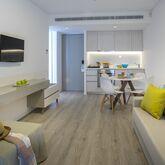 Anemi Hotel & Suites Picture 2