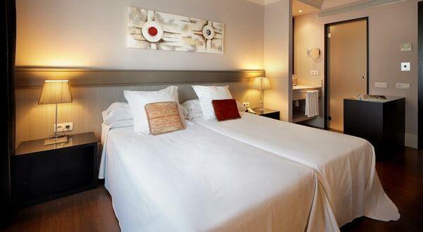 Holidays at Condado Hotel in Eixample, Barcelona