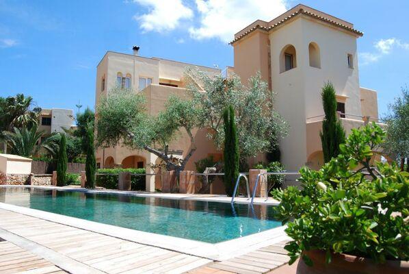 Holidays at Playa Ferrera Apartments in Cala d'Or, Majorca