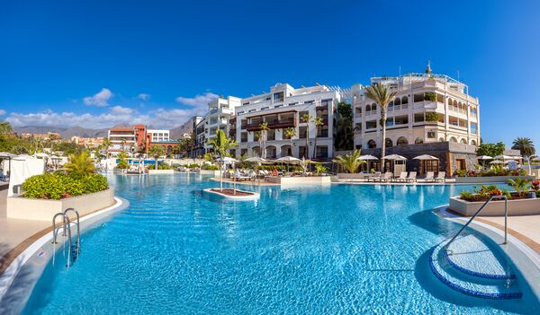 Holidays at Gran Tacande Wellness & Relax in El Duque, Costa Adeje