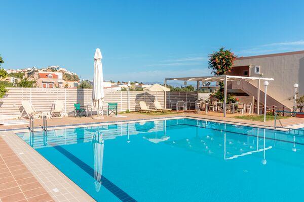 Holidays at Dimitra & Evdokia Apartments in Chania, Crete