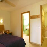 Cordial Green Golf Bungalows Picture 3