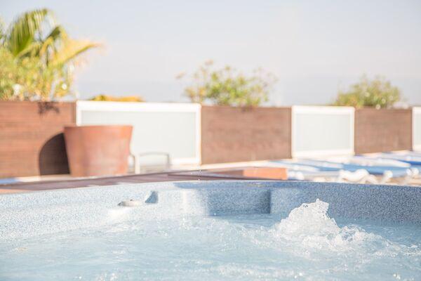 Holidays at Villamarina Club Hotel and Apartments in Salou, Costa Dorada