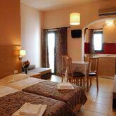 Marigianna Apartments Picture 5